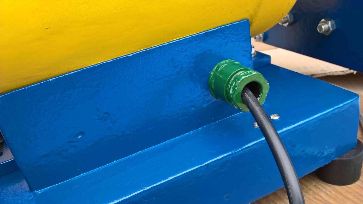Bench Grinder Final _094.jpg