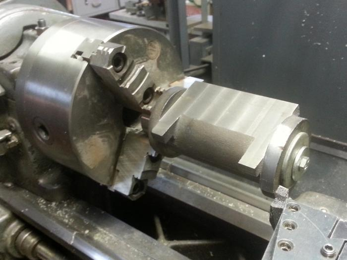 Cylinder 1d - Machining ends in lathe.jpg
