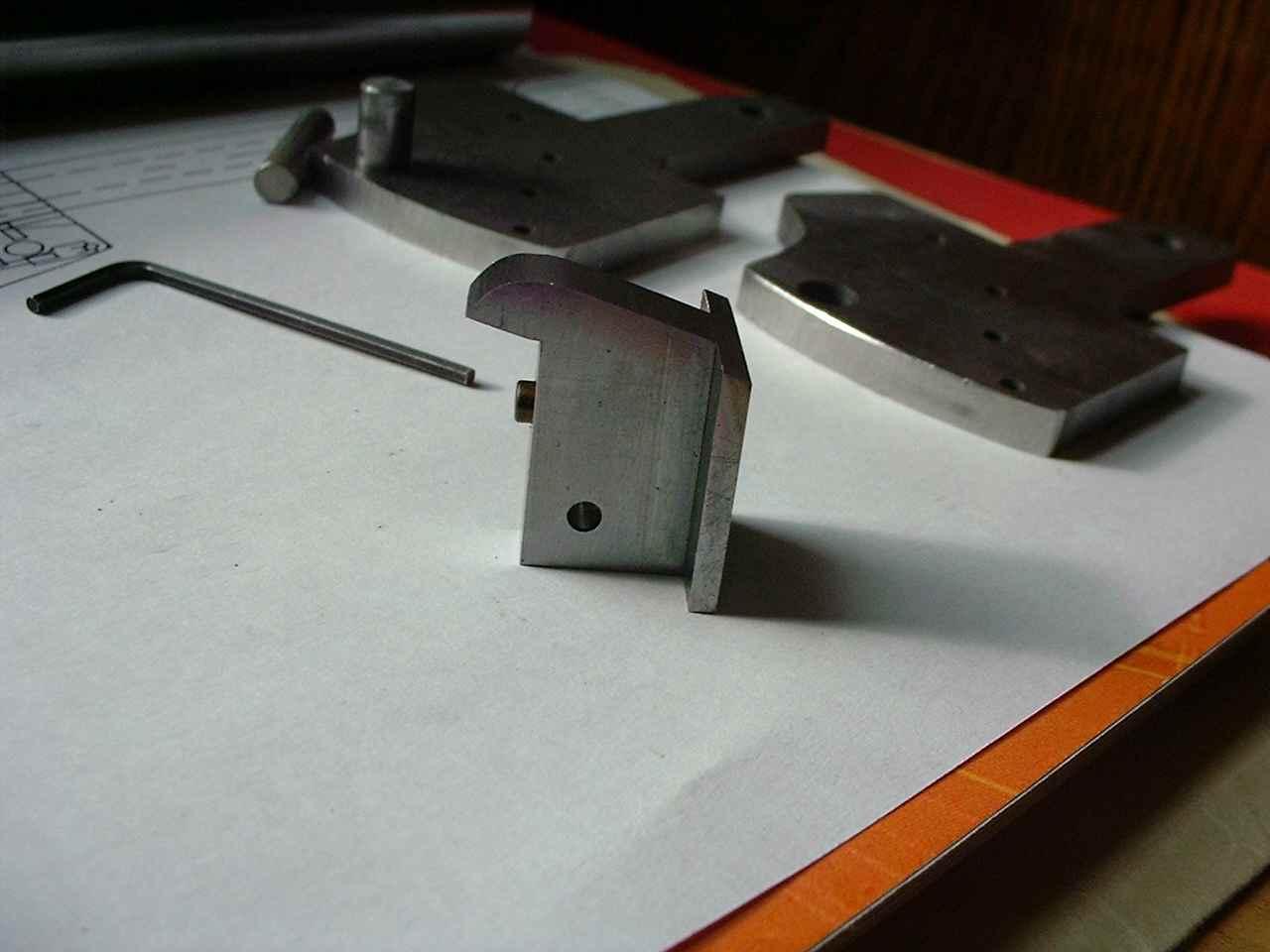 firing pin assembly2.jpg