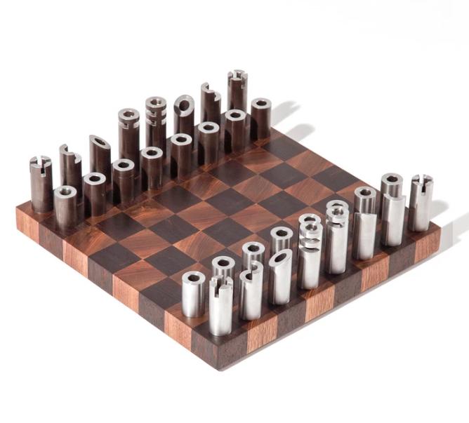 Metal Chess Set.PNG