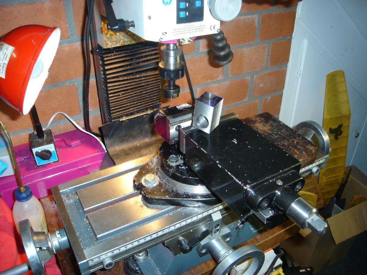MP 3,2 cc Model Glow Engine 003.jpg