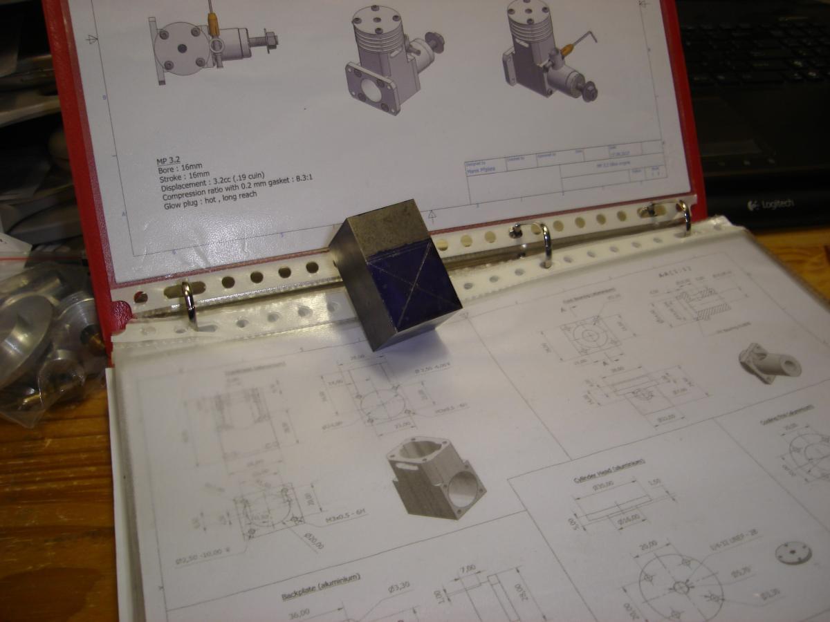 MP 3,2 cc model glow engine 046.jpg
