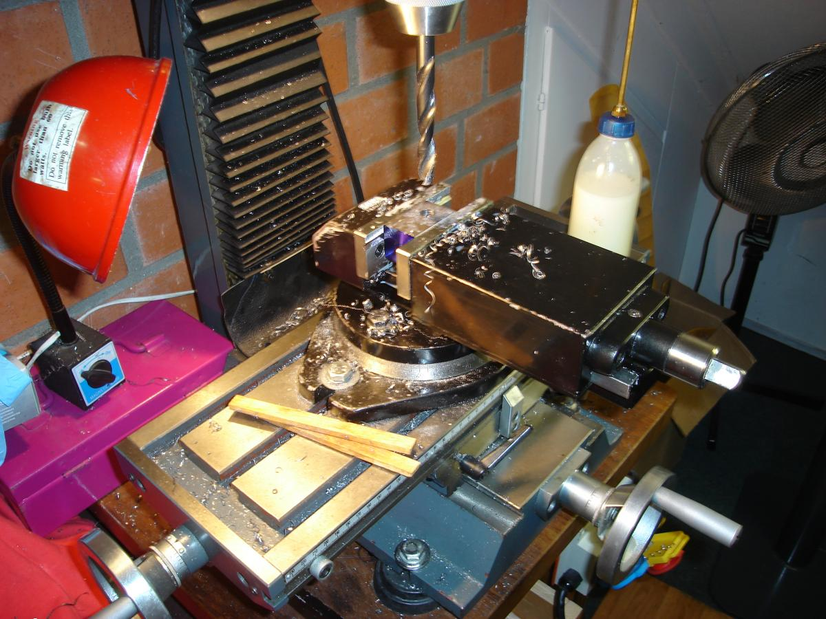 MP 3,2 cc model glow engine 052.jpg