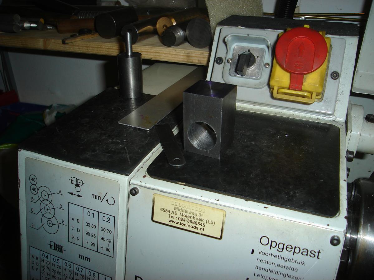 MP 3,2cc model engine built 009.jpg